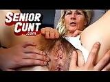 Mature pussy close-ups of amateur mom Anna