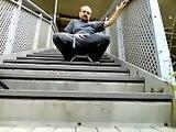 Kocalos - Risky public pissing at the train station